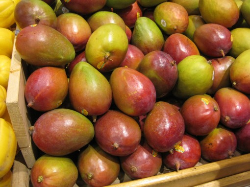 Mangos. See any green ones?