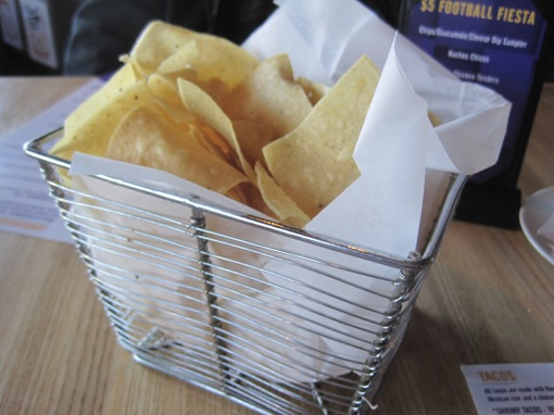 Pretty chips basket.