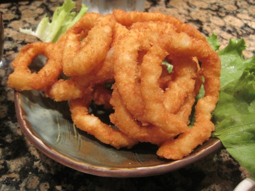 Calamari. I'd have preferred salmon shio style, but evidently they don't serve it here anymore.